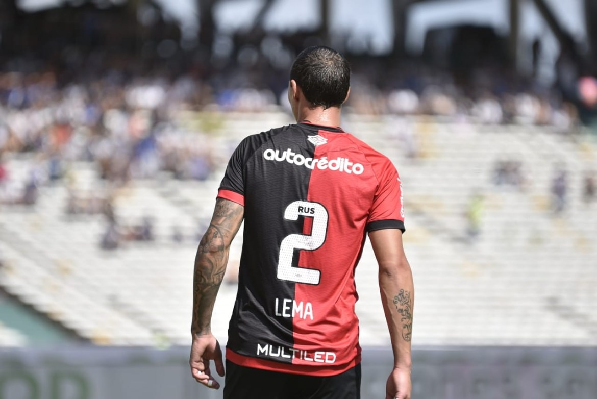 Cristian Lema returns to Newell's on loan