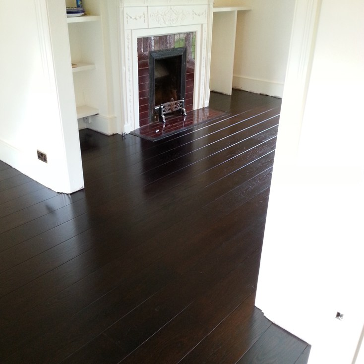 Stained oak floor depp Rosewood colour