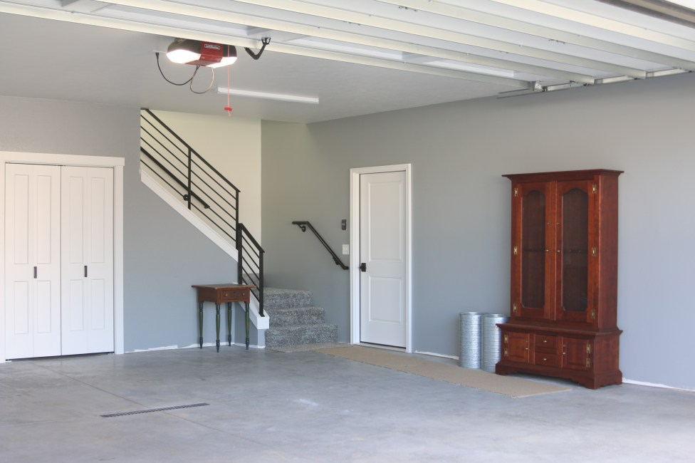 garage-steel-railing-studio-apartment-modern-farmhouse