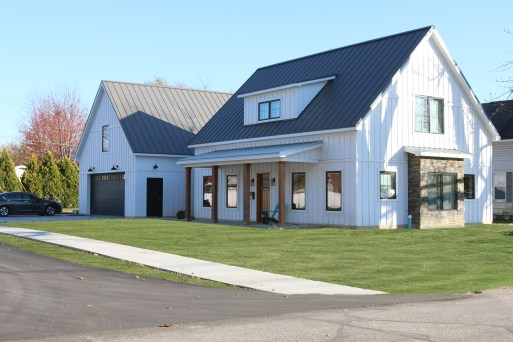 naopanee-indiana-modern-farmhouse-energy-efficient-new-energy-home