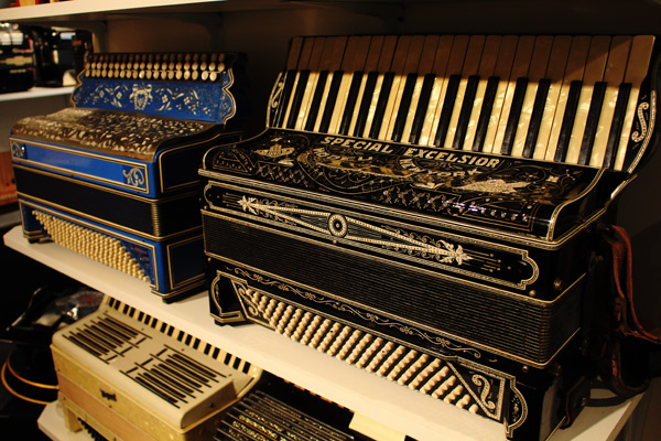 New-England-Accordion-Museum-Exhibit-Canaan-CT-21