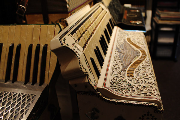 New-England-Accordion-Museum-Exhibit-Canaan-CT-28