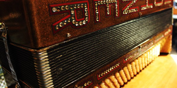 New-England-Accordion-Museum-Exhibit-Canaan-CT-hohner-WALTER-an-accordion-story-4
