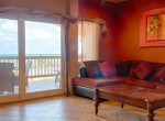luxury-condo-belize-livingroom2-770x386
