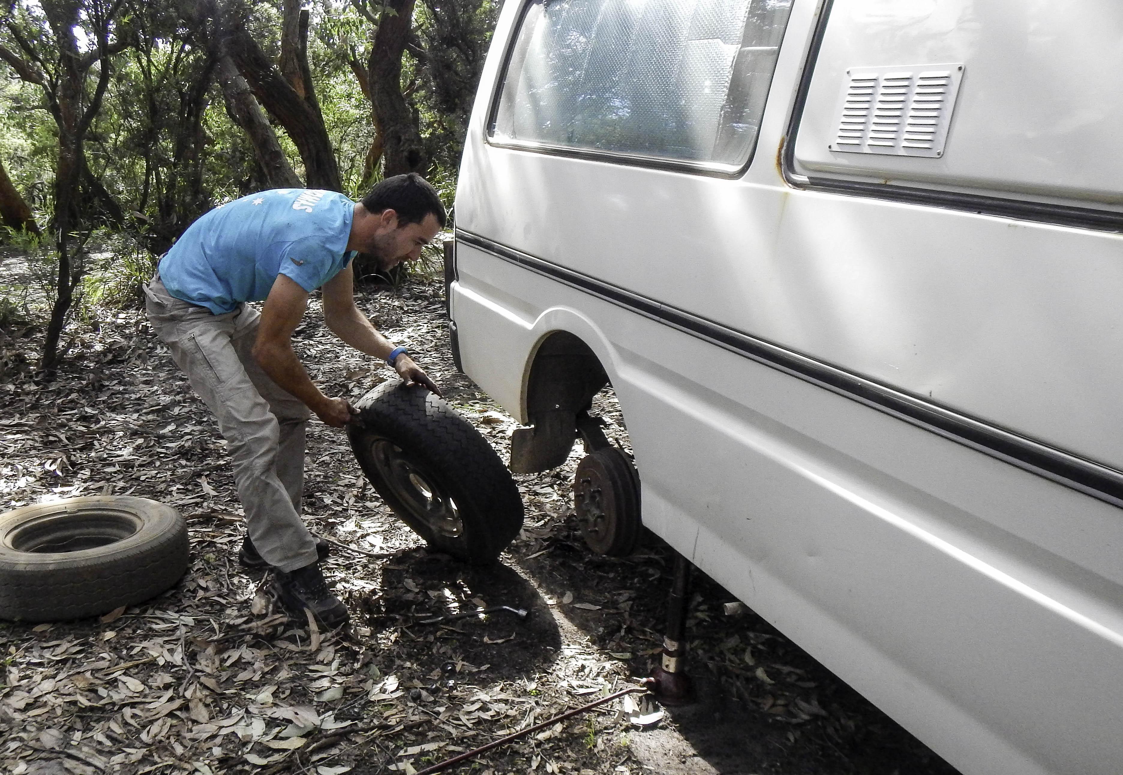 quand il faut changer un pneu, il faut du matériel