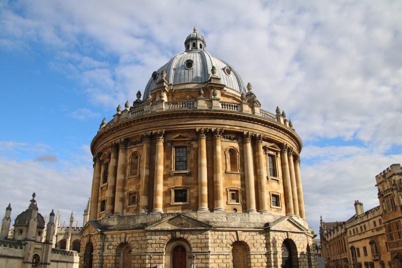 A Oxford, devant le Radcliffe Camera