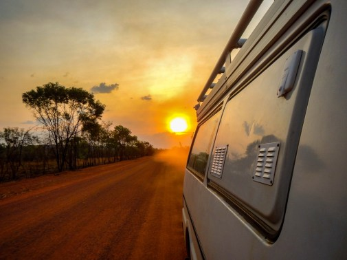 Notre van dans le kakadu National Park durant notre PVT en Australie