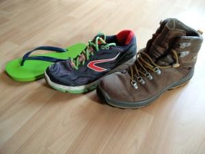 notre choix de chaussures pour voyager léger