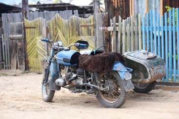 Les véhicules des habitants de l'île d'Olkhon @neweyes