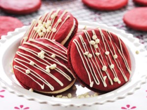 Red Velvet Whoopie Cookie