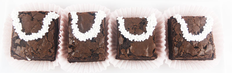Witty-white-pearl-brainy-brownies--(3)