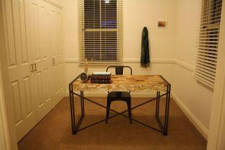 Study nook in Bedroom 1