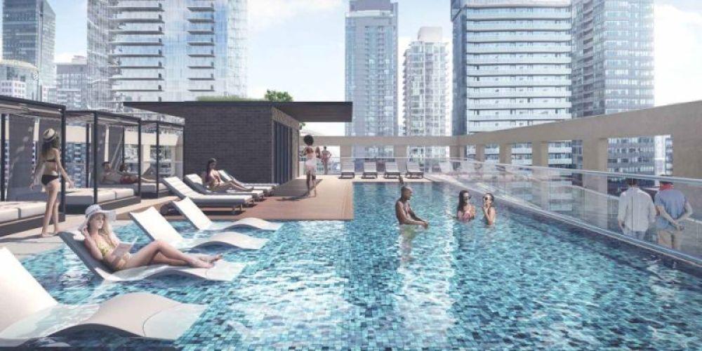 Peter & Adelaide - pool