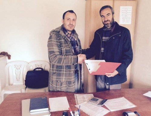 Mazin Albalkhi in agreement with Lawyer Abd Alrazaq Razouq, responsible for one of the new centers.