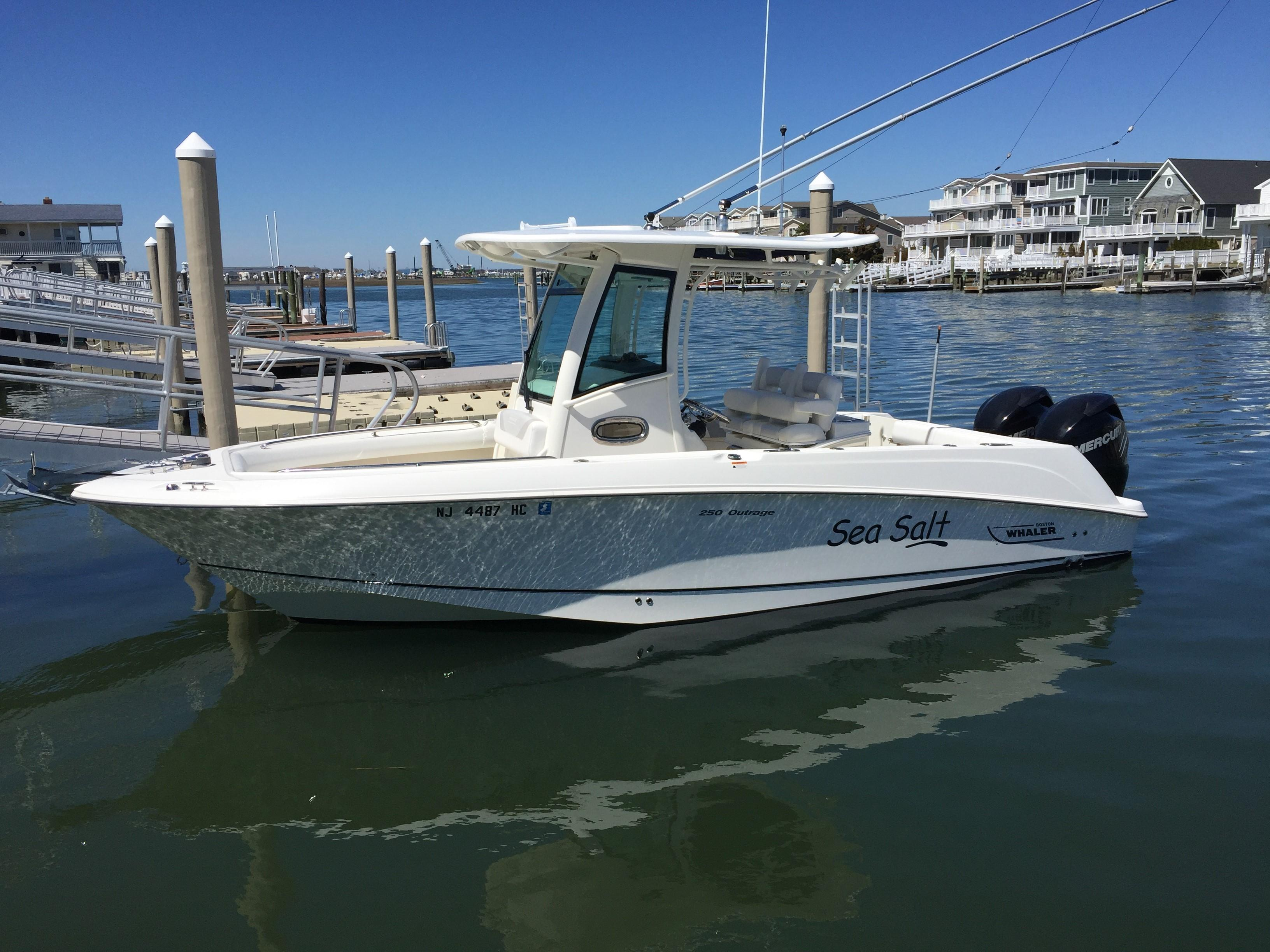 2010 Boston Whaler 250 Outrage Power Boat For Sale Www