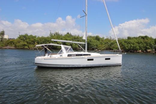 Beneteau Oceanis 381 Boats For Sale YachtWorld