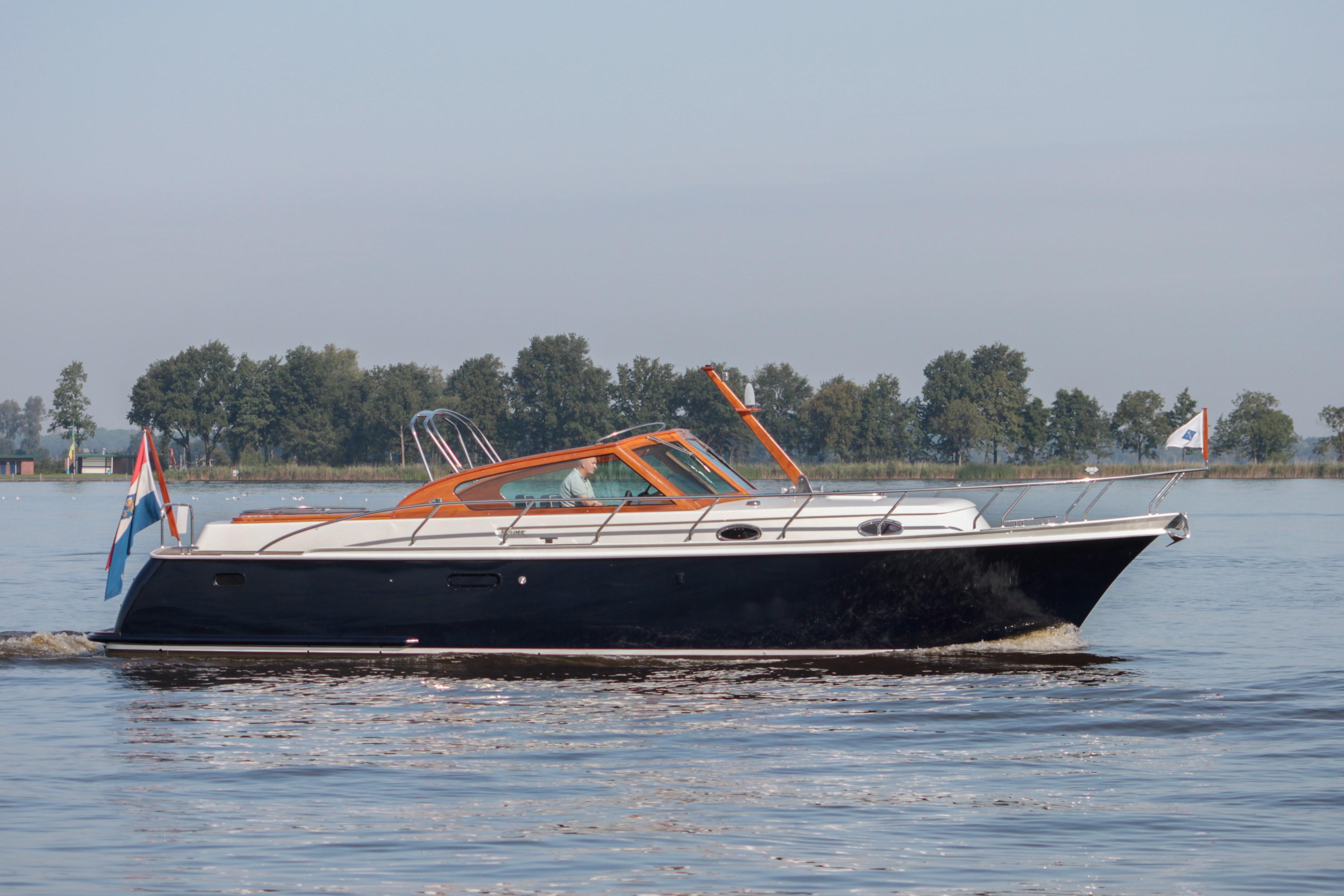 2004 Mulder 37 Favorite Power Boat For Sale Www