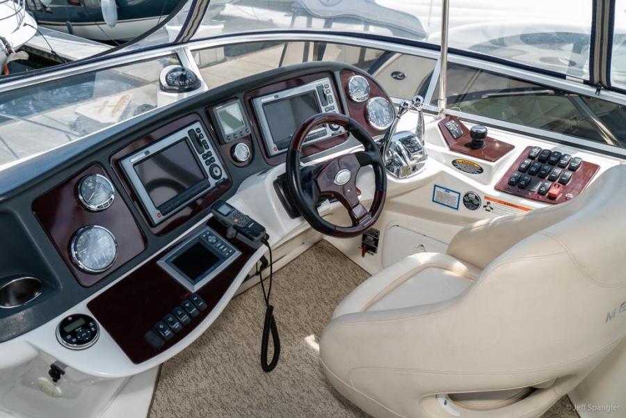 2010 39 MERIDIAN 391 SEDAN Yacht For Sale In San Diego