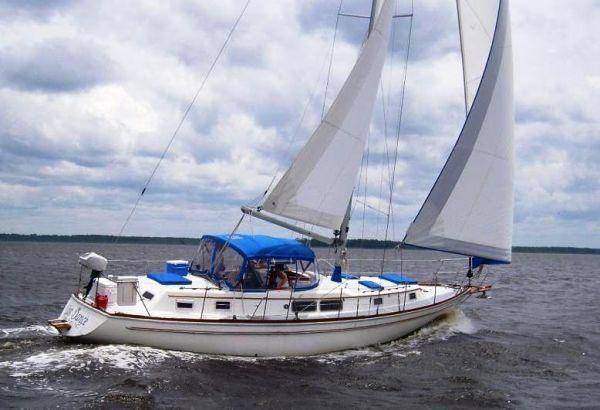1977 Gulfstar Center Cockpit Sail Boat For Sale Wwwyachtworldcom
