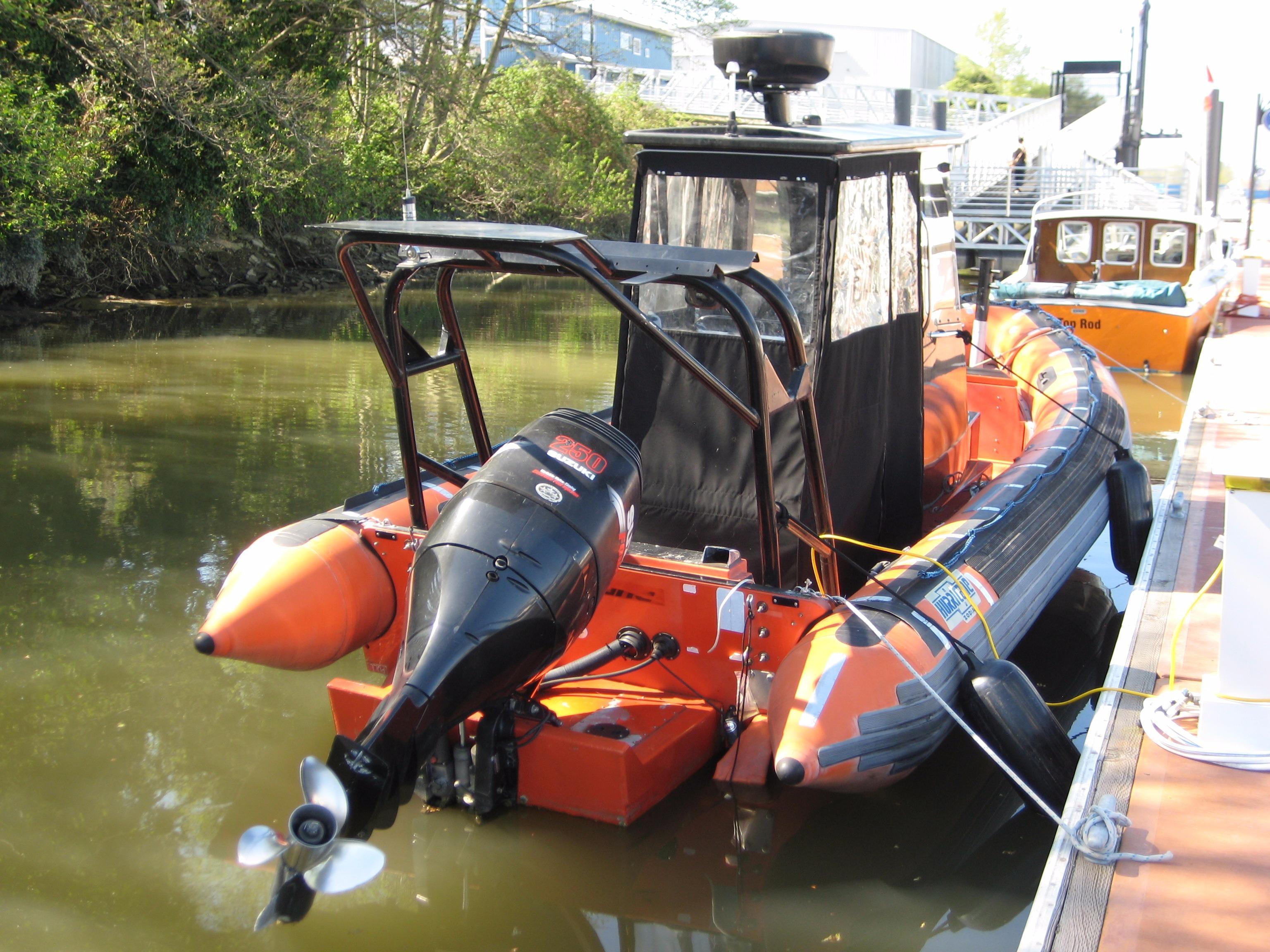 1998 ZODIAC HURRICANE 733 Power Boat For Sale Www