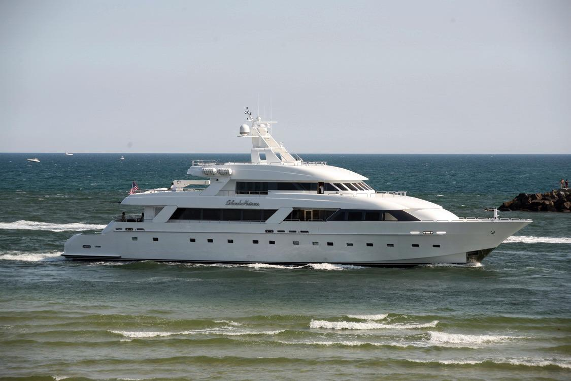 George Strait Yacht Wwwpixsharkcom Images Galleries