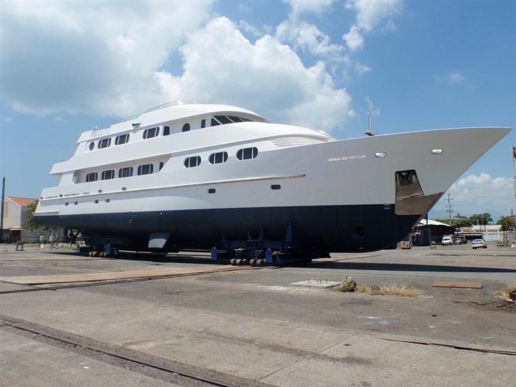 2012 Ocean Pacifico Classic Dutch Design Yacht Power Boat