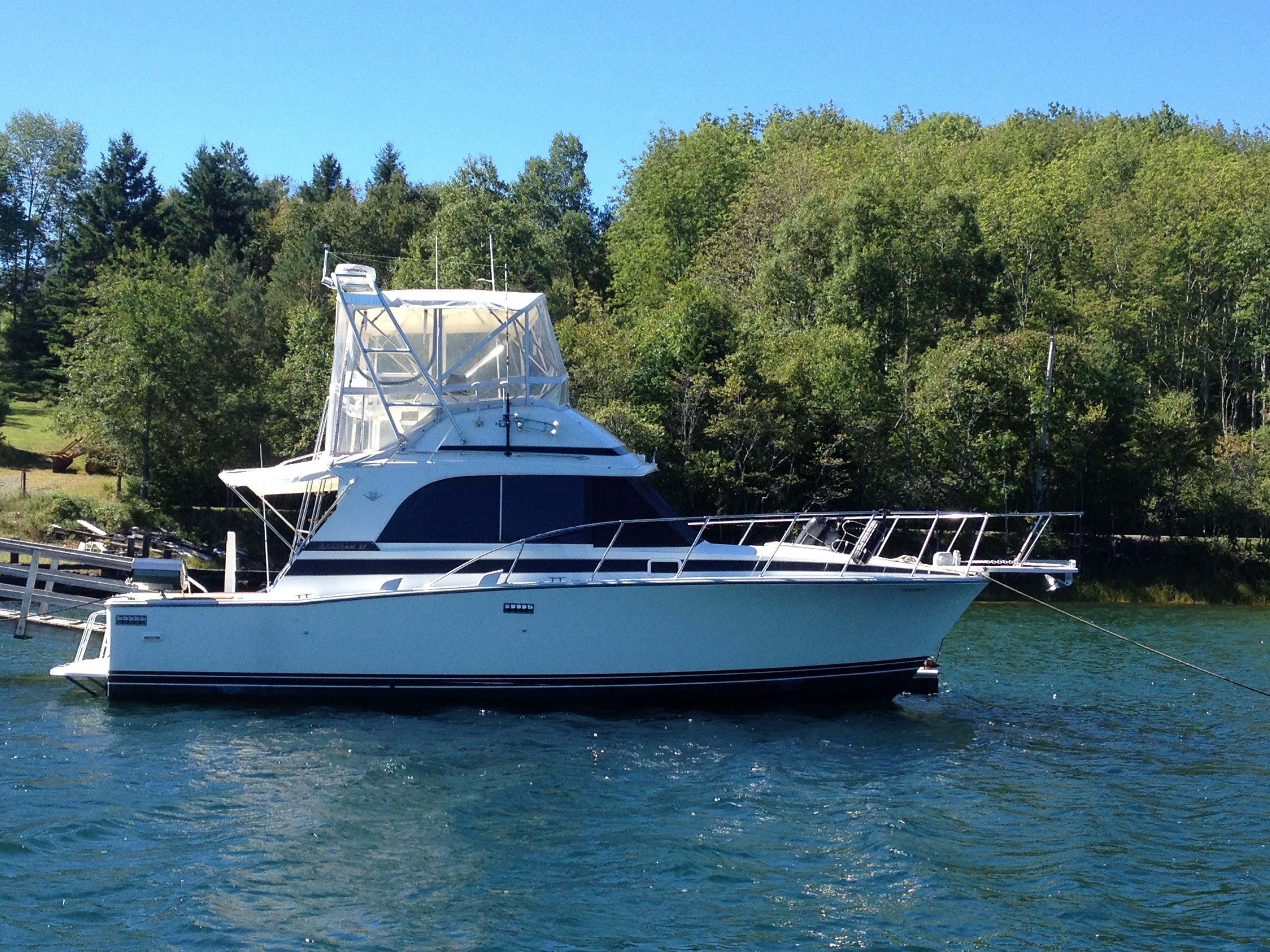 1987 Bertram 33 Flybridge Cruiser Power Boat For Sale Wwwyachtworldcom