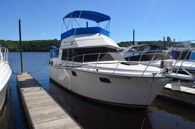1988 CARVER YACHTS 32 Aft Cabin Power Boat For Sale Www