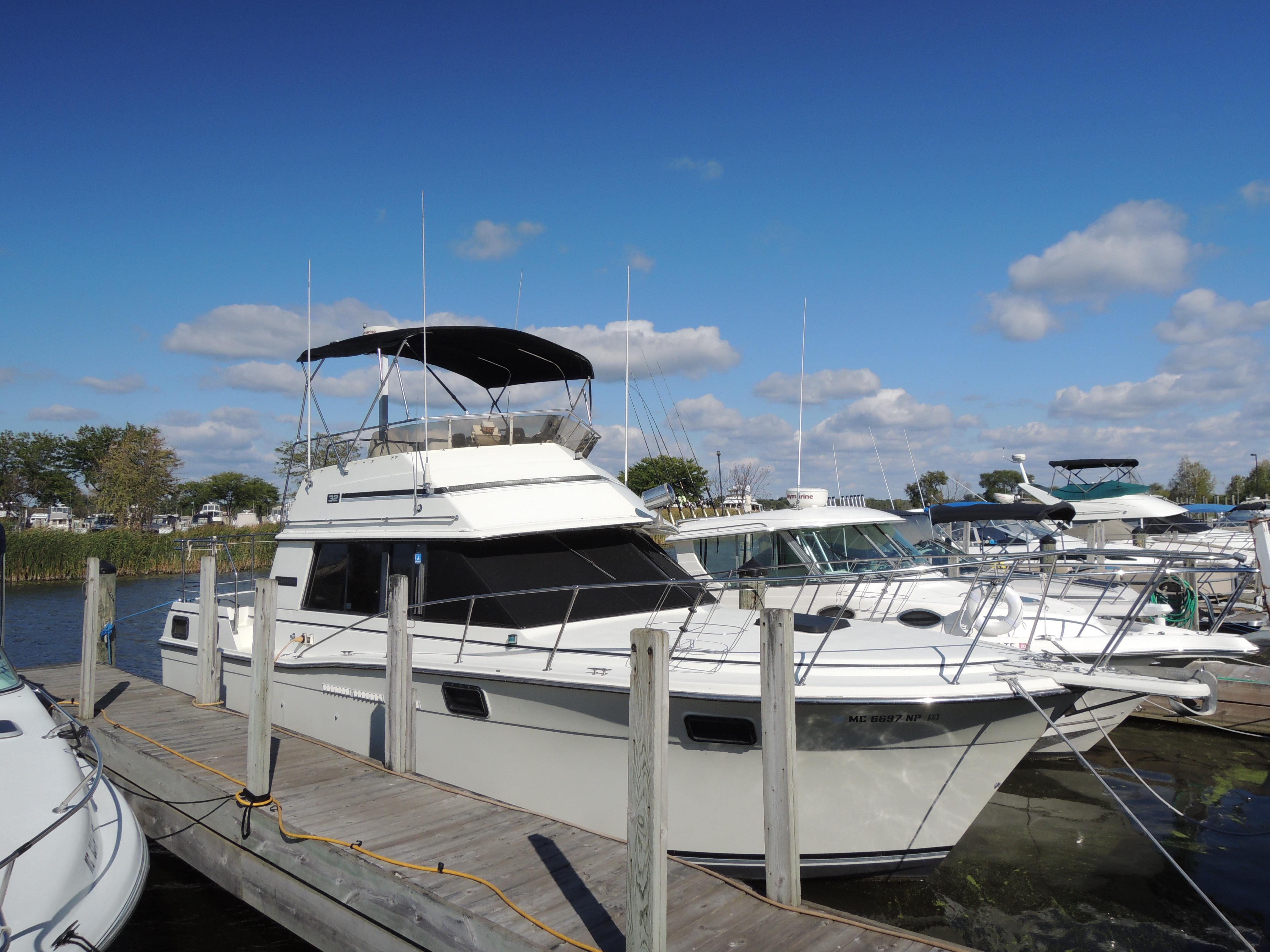 1984 Carver 3207 Power Boat For Sale Wwwyachtworldcom
