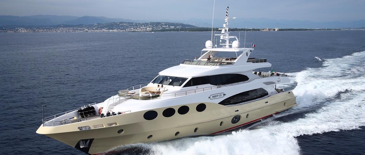 2018 Majesty Yachts Majesty 125 Power Boat For Sale Www