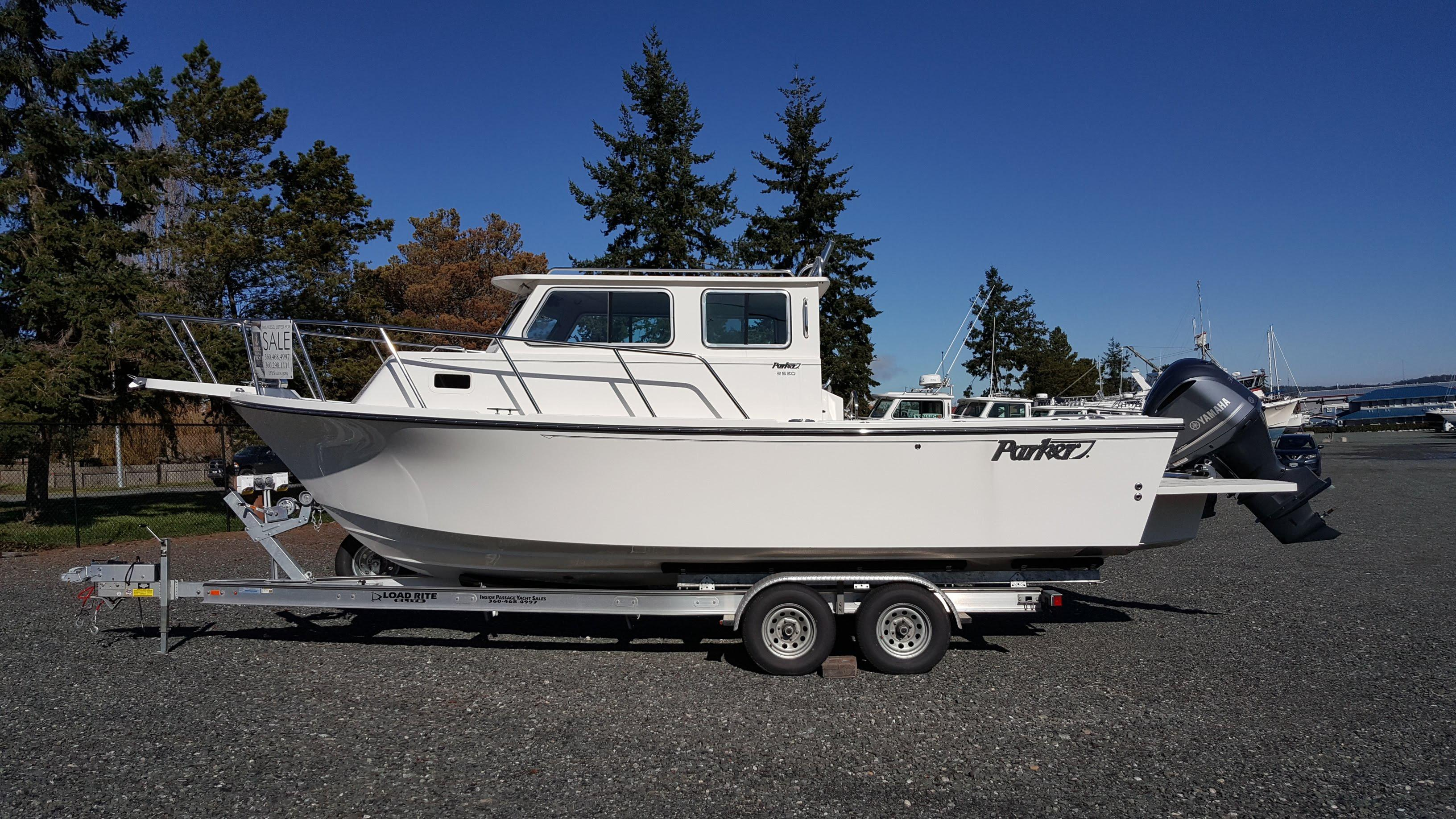 2018 Parker 2530 Extended Sport Cabin Power Boat For Sale