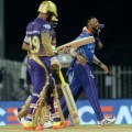 Shah Rukh Khan Apologises To KKR Fans After