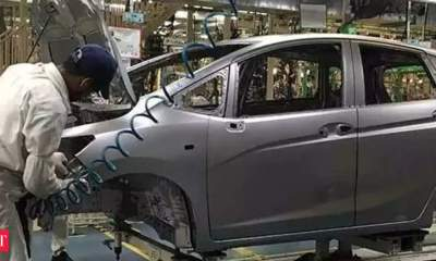 Auto industry calls for government, RBI support for dealers