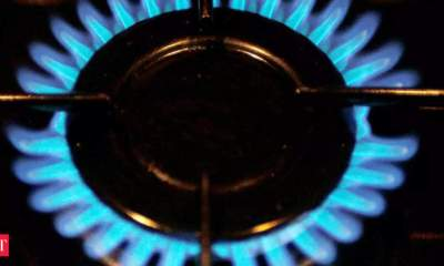 Govt hikes gas price by 62 pc; CNG rates may go up