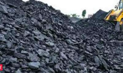 Coal, railway, power ministers discuss coal supply situation at power plants
