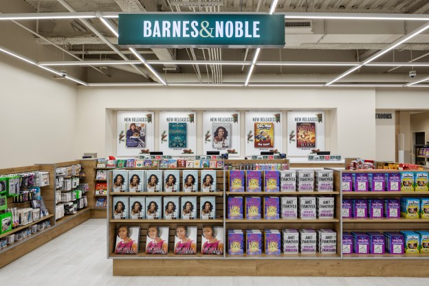 Barnes And Noble Opens Exclusive Prototype Store In Hackensack