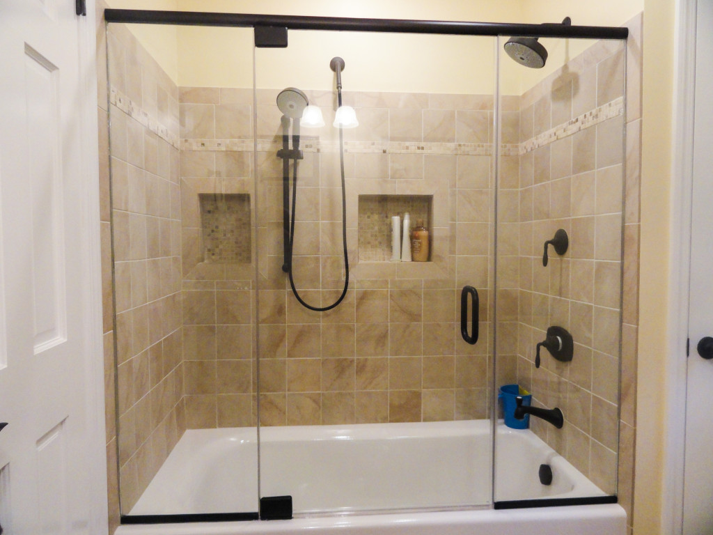 Inline Tub Shower Glass Using Oil Rubbed Bronze Delux