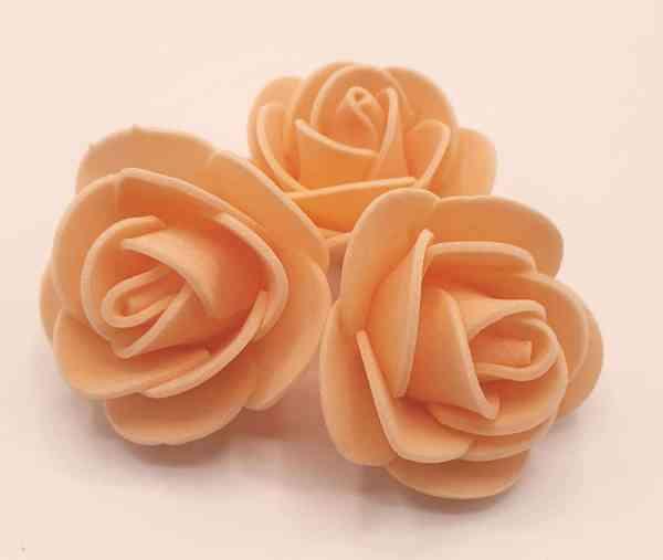 fleur embellissement mousse rose saumon