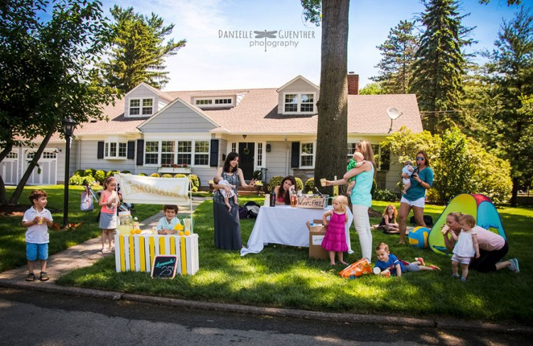 best-case-scenario-realistic-family-chaotic-photography-danielle-guenther-7__880