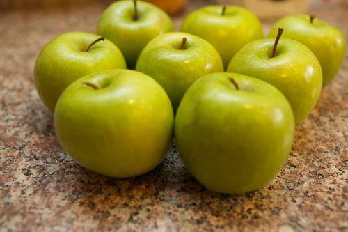 Apples Apples Apples