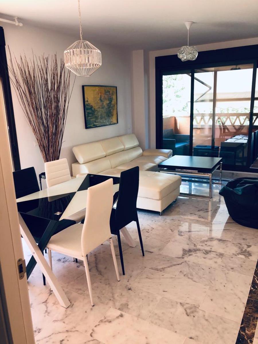 brandnew apartment with 2 fantstic terraces