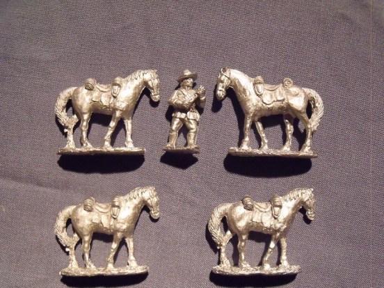 Frontier light horse horse holder & 4 horses