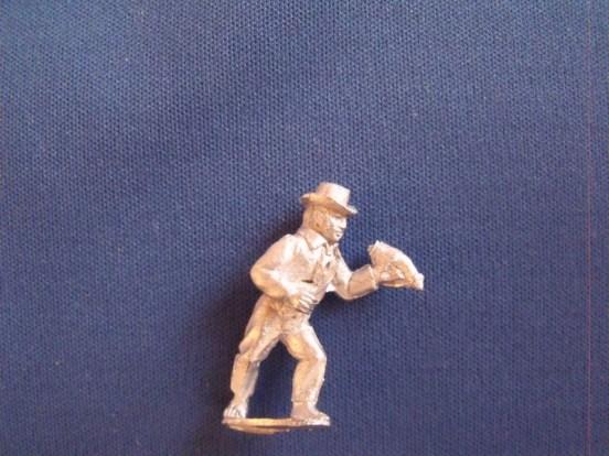 Gunner with Powder horn, Round hat, shirt