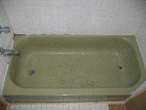 Plymouth-Bathtub-Before.jpg