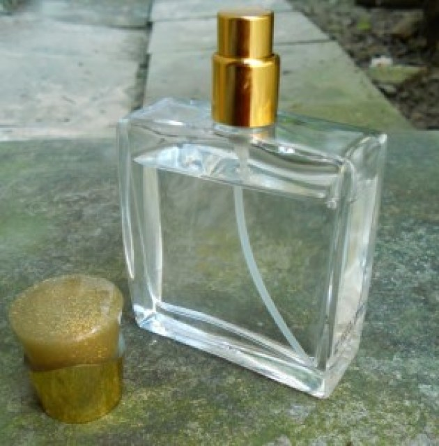 AVON Little Gold Dress Perfume Review