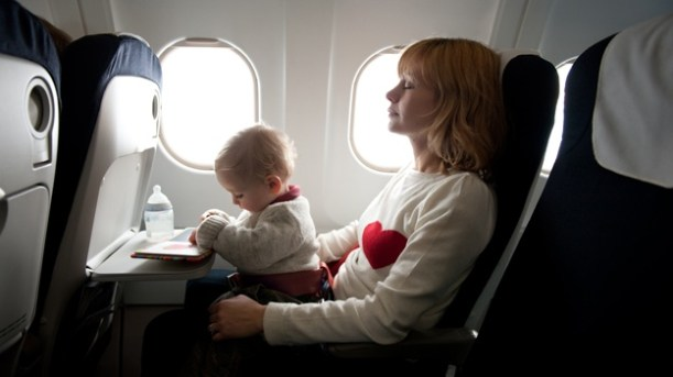 bebes-en-avion