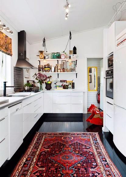 Vintage rug, modern vintage decor