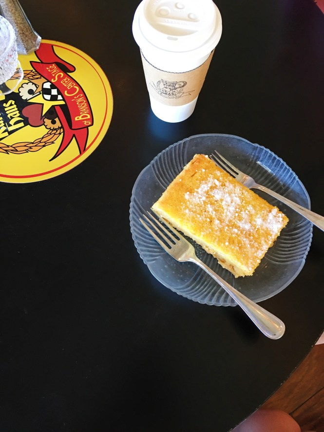 branson center stage and kaffee haus, kaffee haus, branson guide, branson travel guide, lemon bar