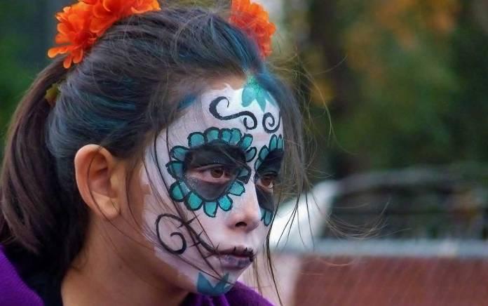 Young girl watching parade