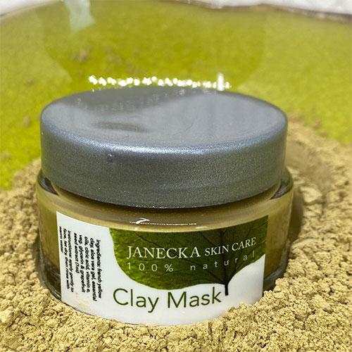 Janecka clay mask
